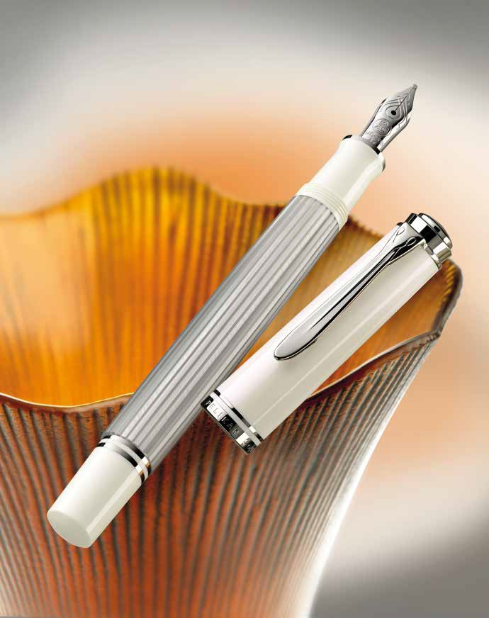 Pelikan M405 Silver White otwarty